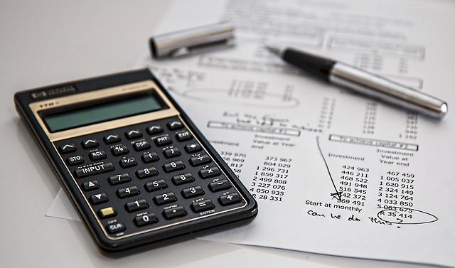 Regrouper crédit auto et immobilier